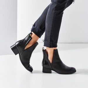 jeffrey campbell // black Oriley cutout ankle boot
